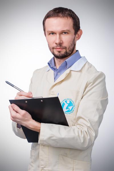 <b>Климов Леонид Владимирович</b> <br>Невролог, рефлексотерапевт, к.м.н., врач высшей категории